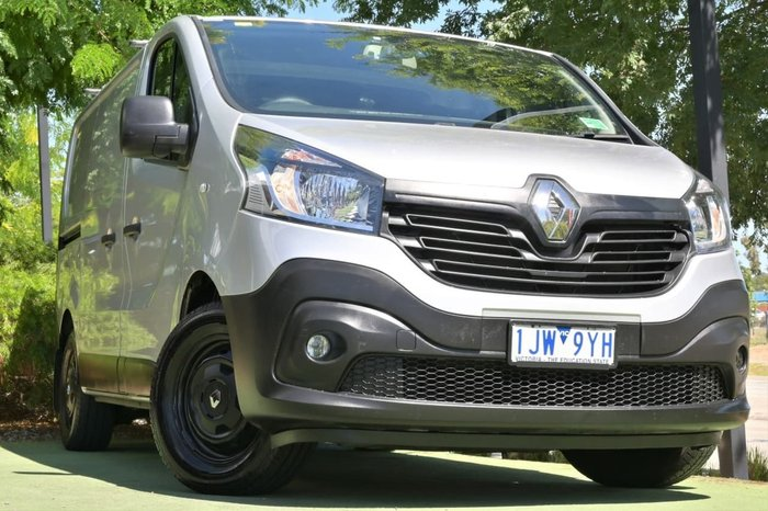 2016 Renault Trafic 103KW X82 Silver