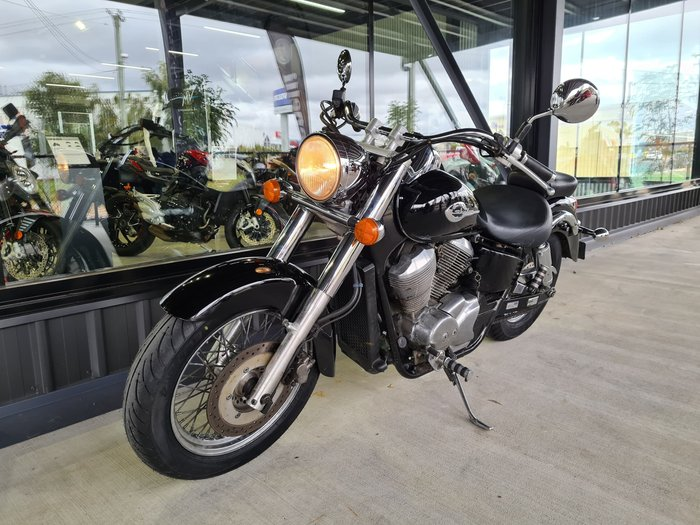 1997 Honda VT750C Shadow Classic (chain drive) Shadow Black
