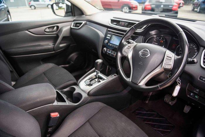 2017 Nissan QASHQAI ST J11 Red