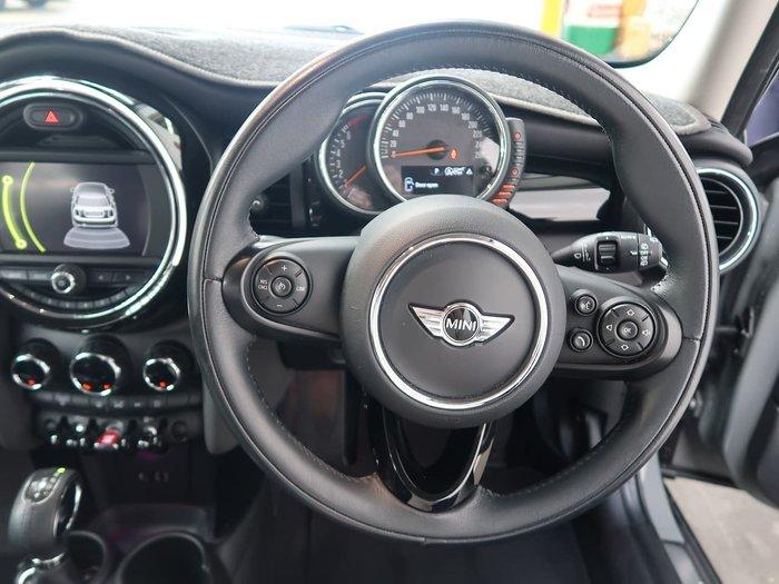 2016 MINI Hatch Cooper F55 Grey