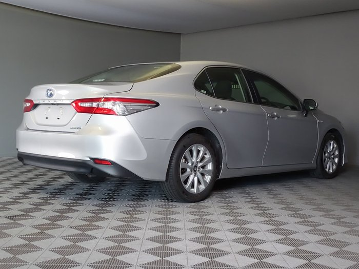 2018 Toyota Camry Ascent AXVH71R Silver Pearl