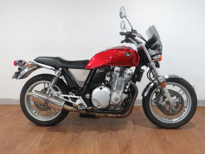 2010 Honda CB1100F RED