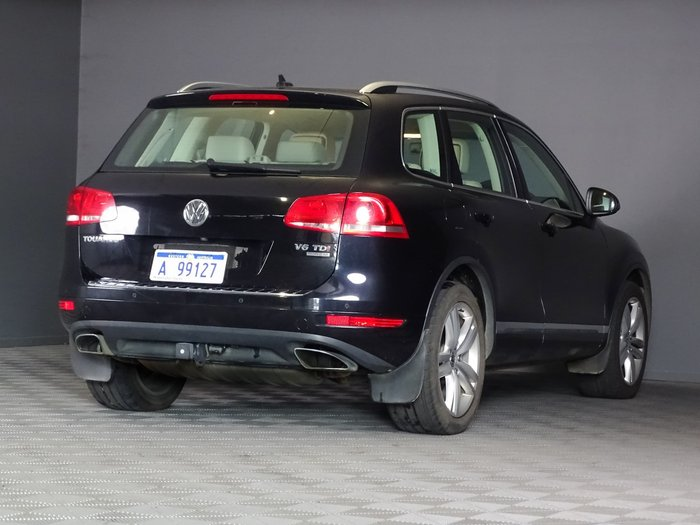 2013 Volkswagen Touareg V6 TDI 7P MY13 Four Wheel Drive Deep Black