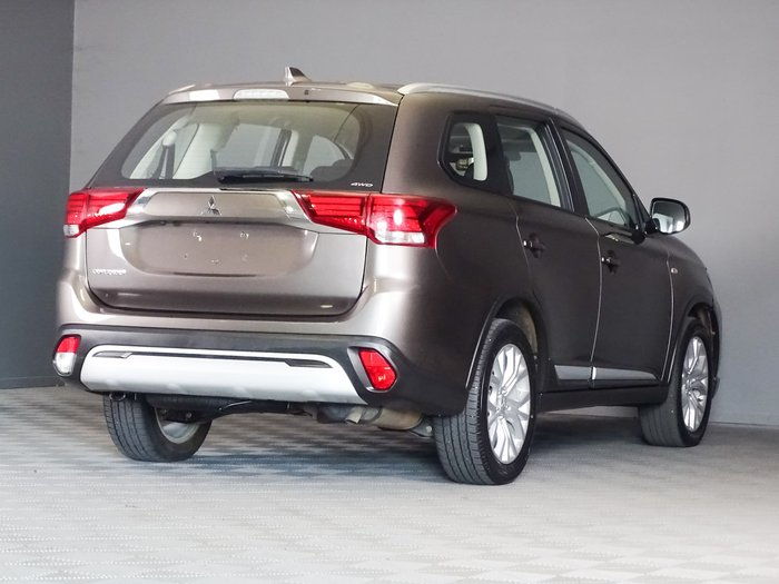 2019 Mitsubishi Outlander ES ZL MY20 AWD Brown