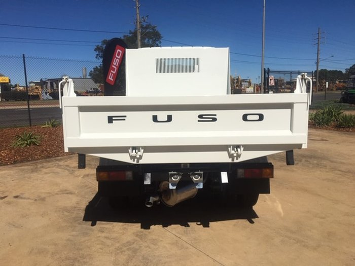 2021 FUSO CANTER 615 CITY CAB TIPPER White