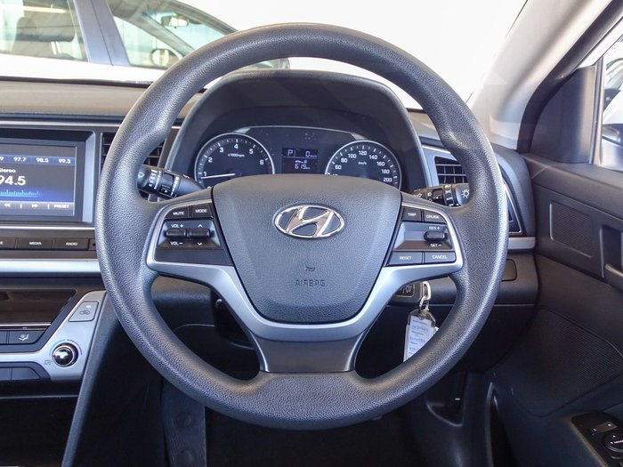 2017 Hyundai Elantra Active AD MY17 Polar White