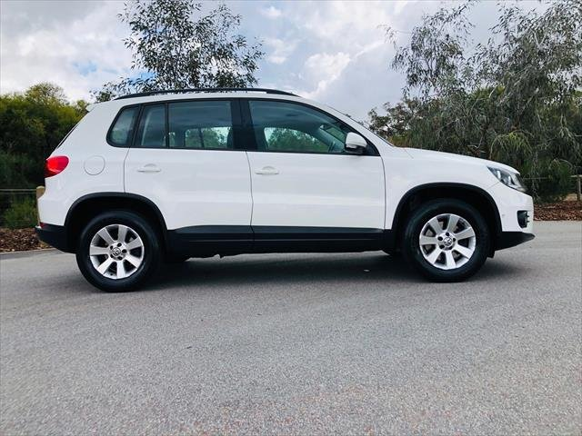 2014 Volkswagen Tiguan 103TDI Pacific 5N MY14 Four Wheel Drive White