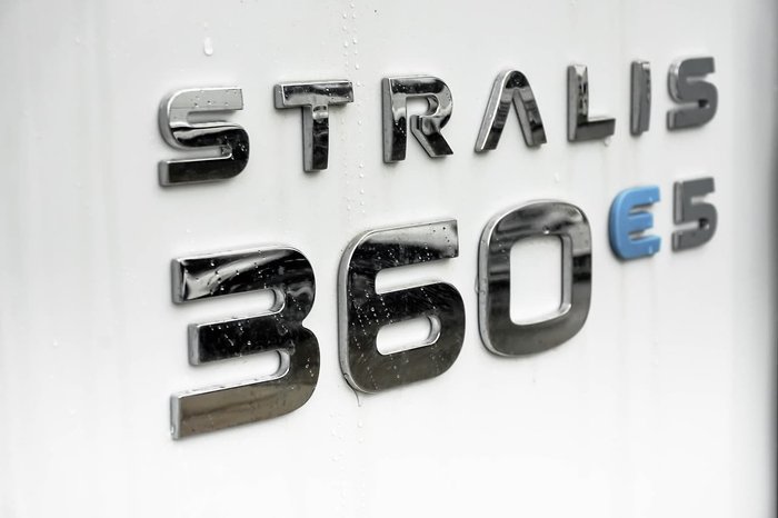 2021 IVECO STRALIS ATI 360 6X2 White