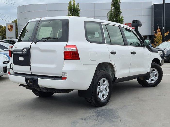 2015 Toyota Landcruiser GX VDJ200R MY13 4X4 Dual Range White