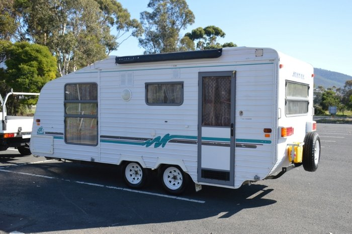2001 NORSEMAN SPACELINE 19 FOOT WHITE