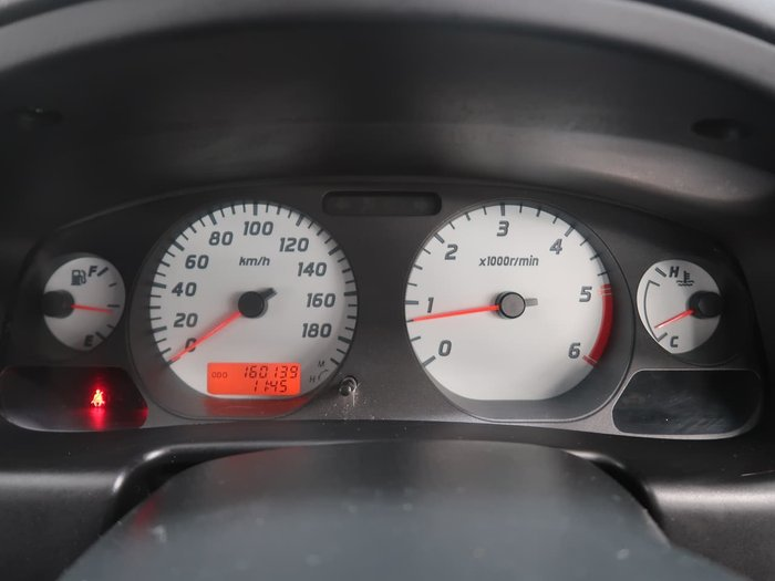 2011 Nissan Navara ST-R D22 S5 4X4 White