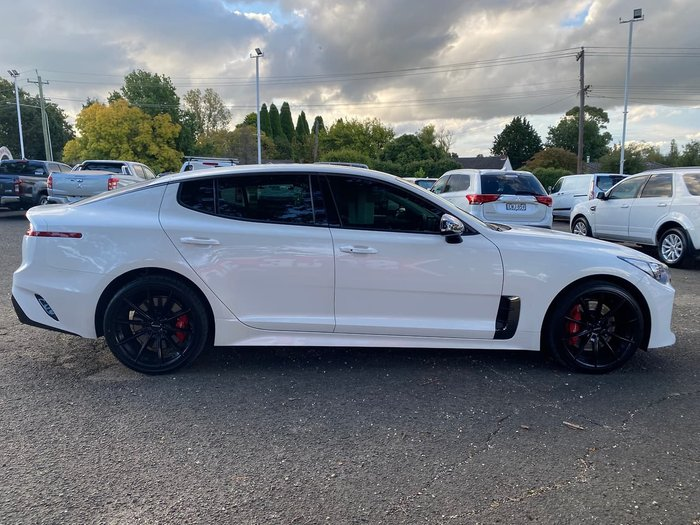 2017 Kia Stinger 330S CK MY18 White