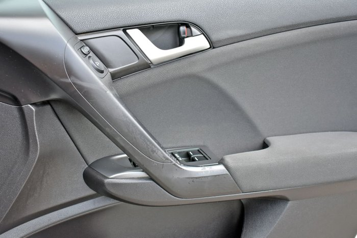2012 Honda Accord Euro 8th Gen MY12 Alabaster Silver