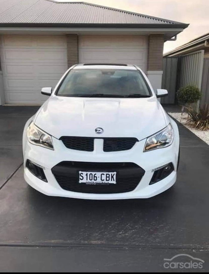 2014 Holden Special Vehicles Clubsport R8 GEN-F MY14 Heron White