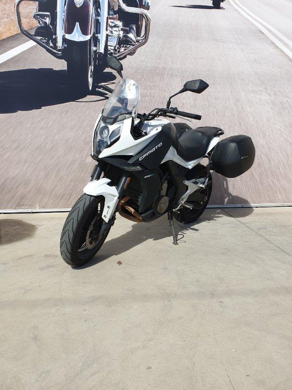 2017 CF MOTO 650MT White