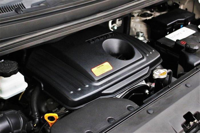 2015 Hyundai iMax TQ-W MY15 White