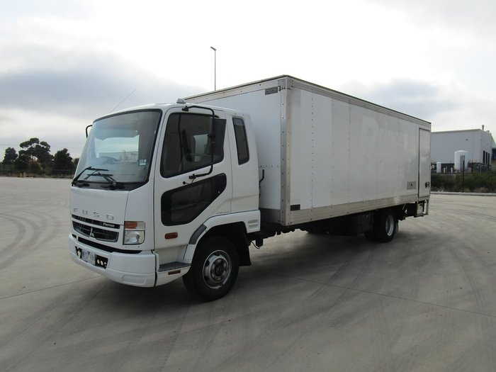 2009 FUSO FIGHTER 1024 PAN WHITE