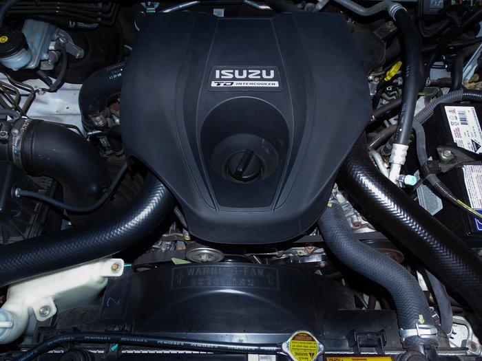 2015 Isuzu MU-X LS-T MY15 White