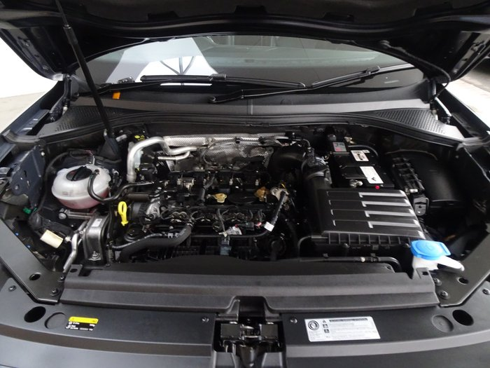 2016 Volkswagen Tiguan 132TSI Comfortline 5N MY17 Four Wheel Drive Deep Black