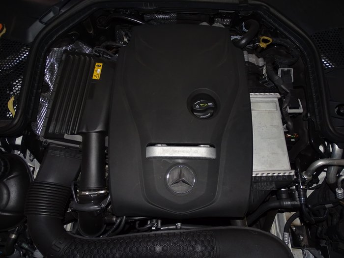 2017 Mercedes-Benz C-Class C300 W205 White