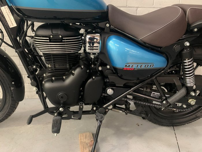 2021 Royal Enfield 2021 Royal Enfield 350CC METEOR 350 SUPERNOVA ABS ROAD