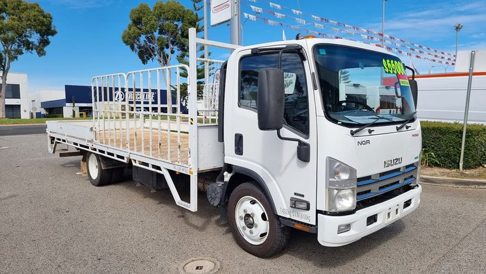 2013 ISUZU N SERIES WHITE