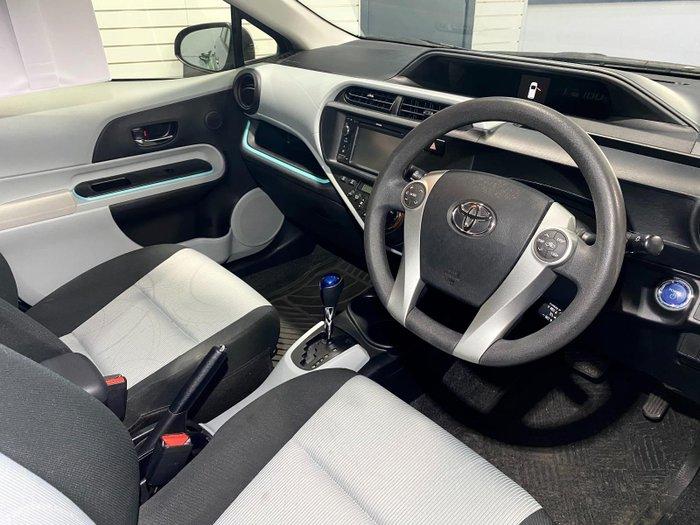 2012 Toyota Prius C NHP10R Silver