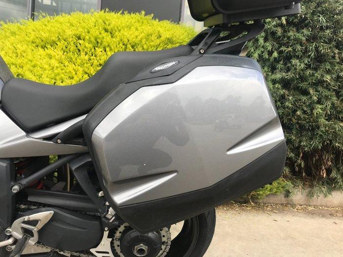 2009 Triumph SPRINT ST (ABS)