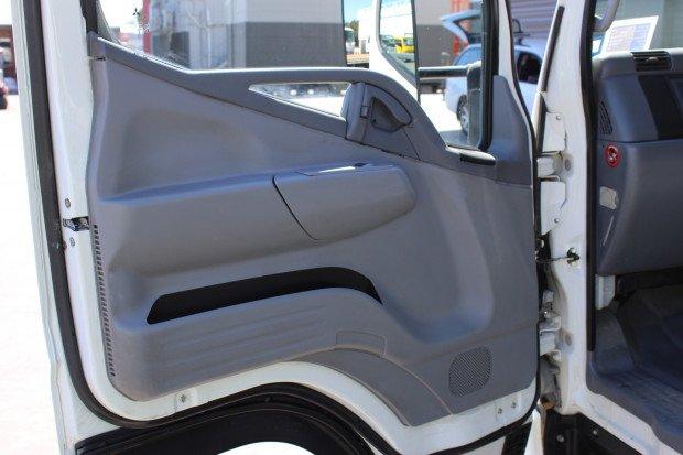 2010 Mitsubishi Canter EX-COUNCIL / LOW KM'S WHITE
