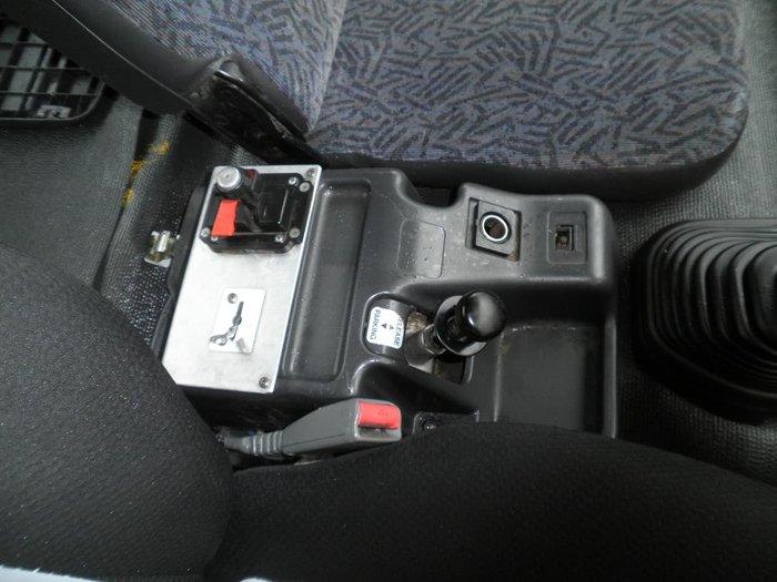 1999 ISUZU FVR 950 TIPPER WHITE