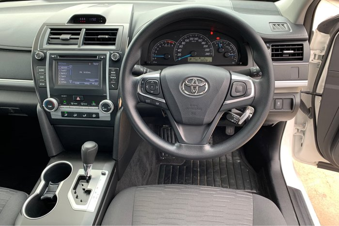 2016 Toyota Camry Altise ASV50R Diamond White