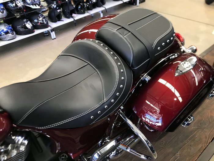 2021 Indian 2021 INDIAN 1900CC SPRINGFIELD MAROON / CRIMSON METALLIC Burgundy