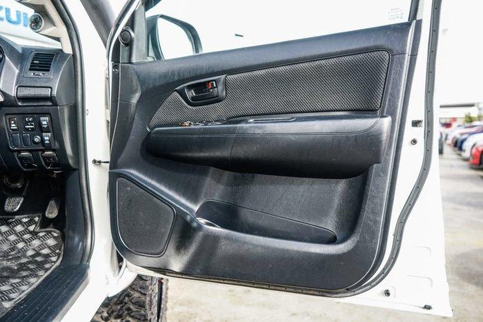 2014 Toyota Hilux SR5 KUN26R MY14 4X4 Dual Range Glacier White