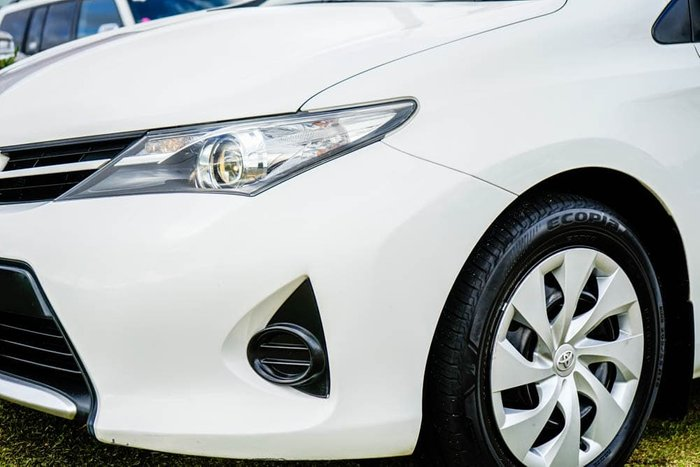 2014 Toyota Corolla Ascent ZRE182R Glacier White