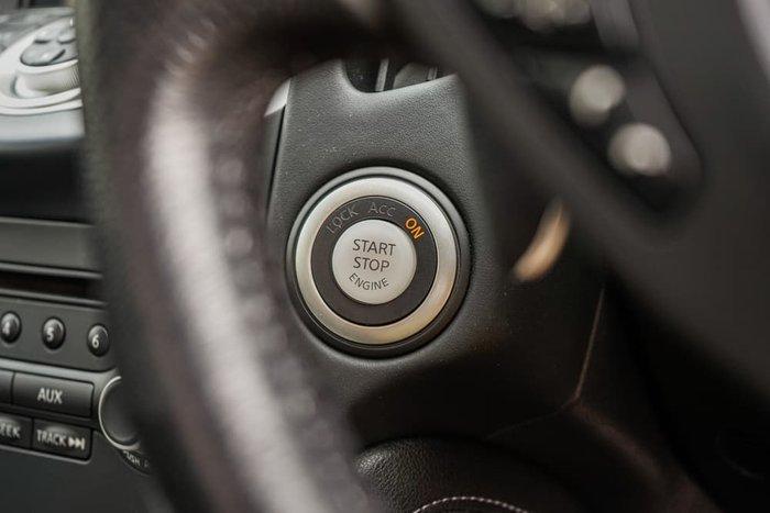2016 Nissan 370Z Z34 MY15 Yellow