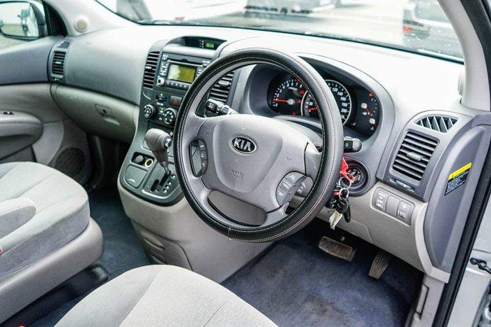 2013 Kia Grand Carnival S VQ MY14 Bright Silver