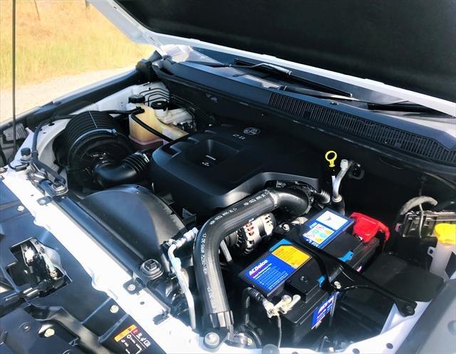 2017 HOLDEN Colorado LS RG MY18 LS Pickup Crew Cab 4dr Spts Auto 6sp 4x4 1085kg 2.8DT WHITE