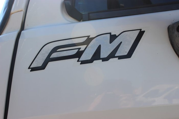 2007 HINO FM1JLPM WHITE