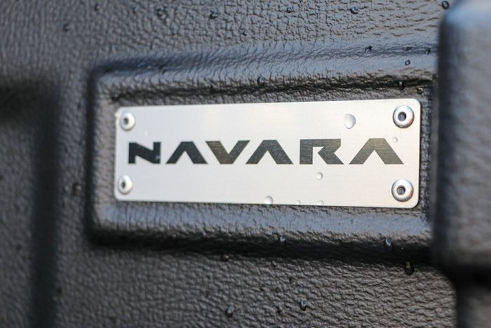 NISSAN NAVARA TWILIGHT GREY