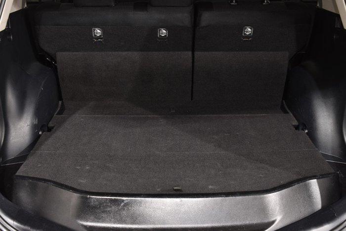 2014 Toyota RAV4 GX ASA44R MY14 AWD Glacier White