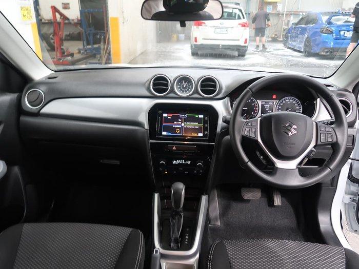 2016 Suzuki Vitara RT-S LY White