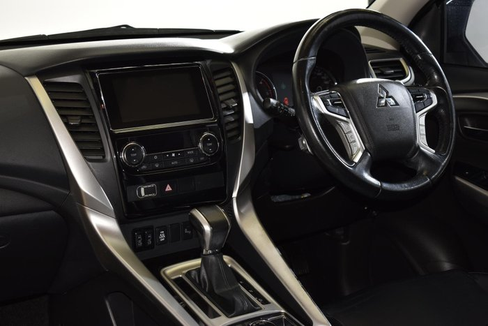 2016 Mitsubishi Pajero Sport Exceed QE MY16 4X4 Dual Range Black