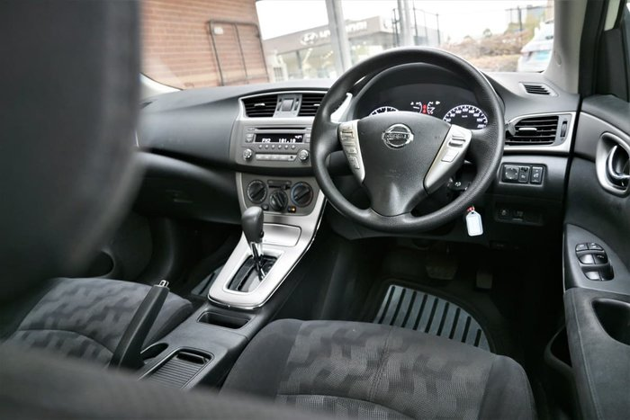 2014 Nissan Pulsar ST B17 Diamond White