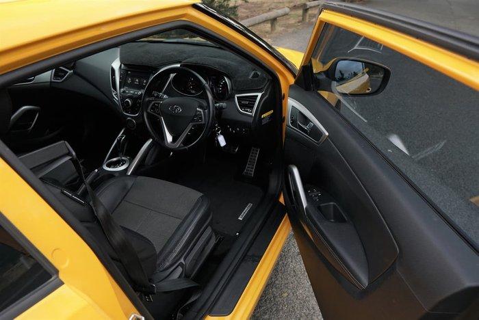 2014 Hyundai Veloster FS2 Yellow