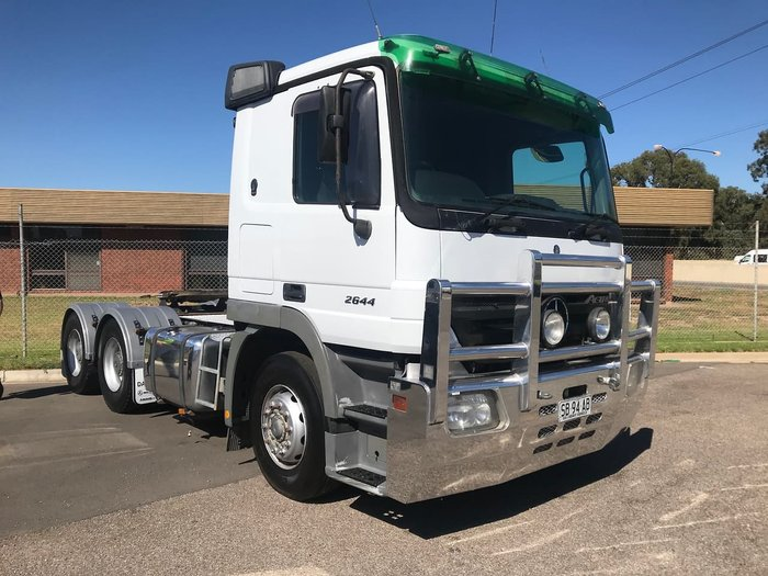 2005 MERCEDES-BENZ 2644 ACTROS White