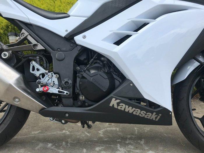 2012 Kawasaki NINJA 300 White