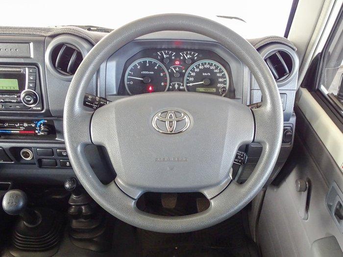 2017 Toyota Landcruiser Workmate VDJ76R 4X4 Dual Range French Vanilla