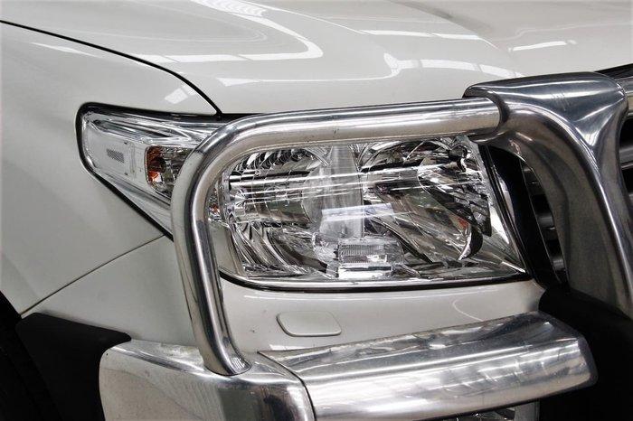 2008 Toyota Landcruiser Sahara UZJ200R 4X4 Constant White