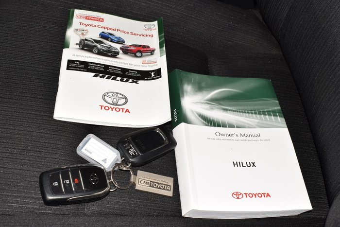2016 Toyota Hilux SR5 GUN126R 4X4 Dual Range Crystal Pearl