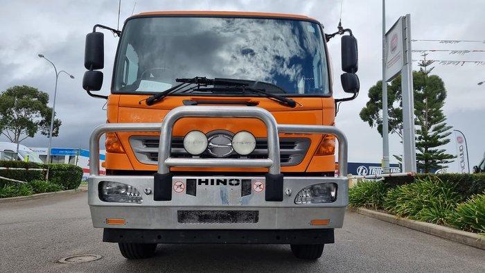 2012 HINO 500 SERIES ORANGE